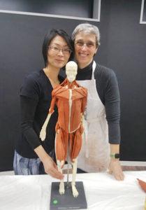 講師の先生と田村と模型