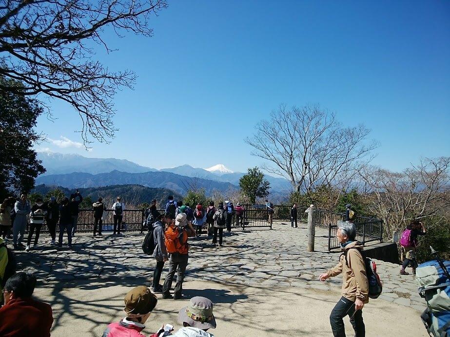高尾山山頂の画像
